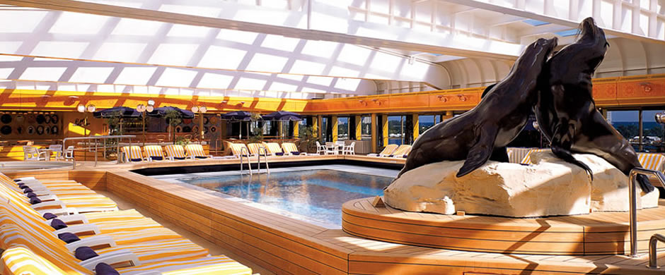 Holland America Rotterdam Swimming Pool