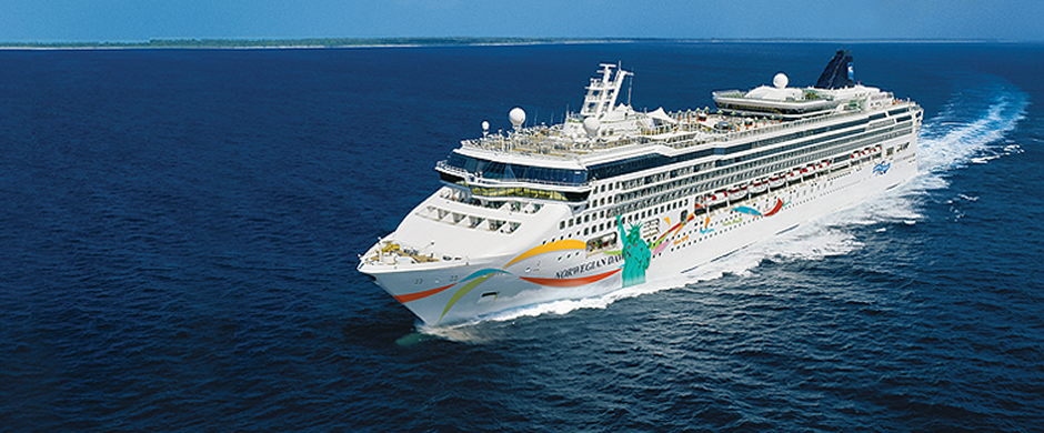NCL Norwegian Dawn Exterior