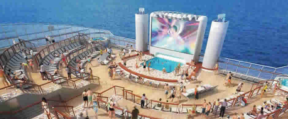 NCL  Norwegian Epic Aft Swimming Pool