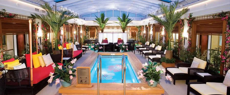 NCL Norwegian Pearl Indoor Swimming Pool