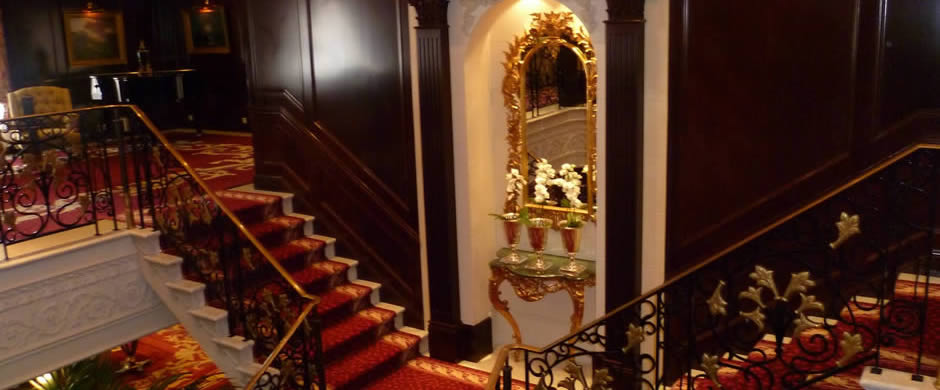 Oceania Insignia Staircase