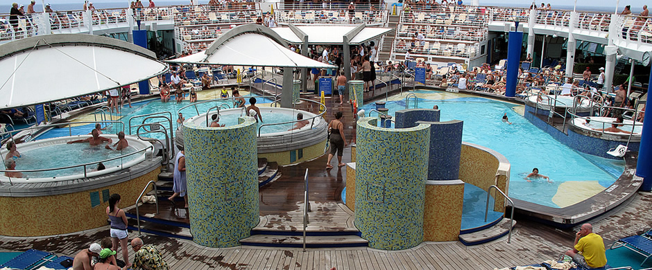 Royal Caribbean Explorer of the Seas Pool Area
