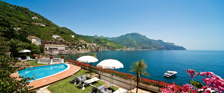 resort_images/170/palazzo-avino-clubhouse-by-the-sea-swimming-pool.jpg