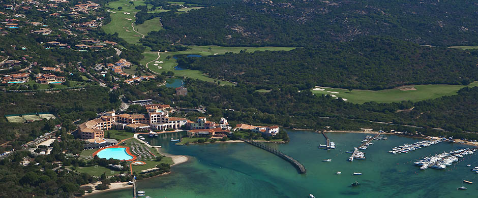 resort_images/296/Aerialseaview.jpg